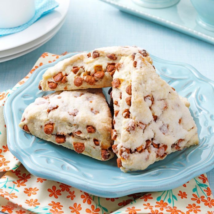 Florida: Cinnamon Chip Scones