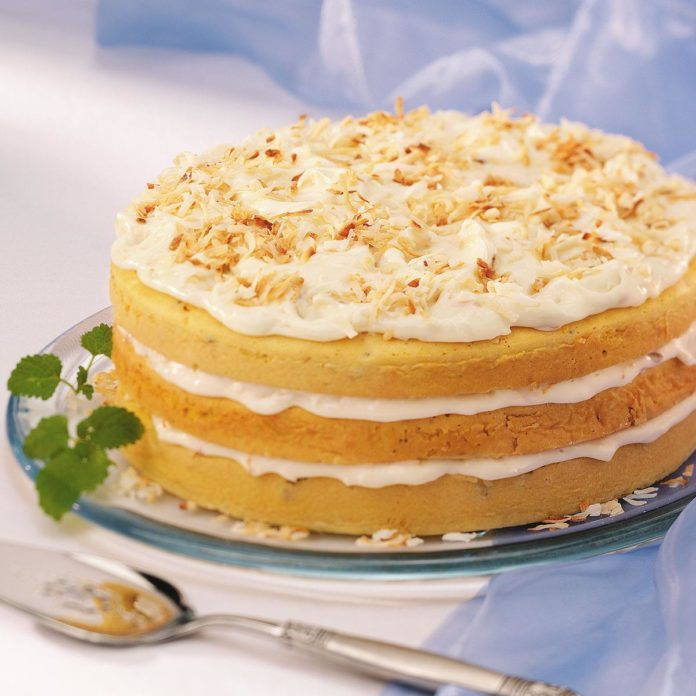 Coconut Supreme Torte