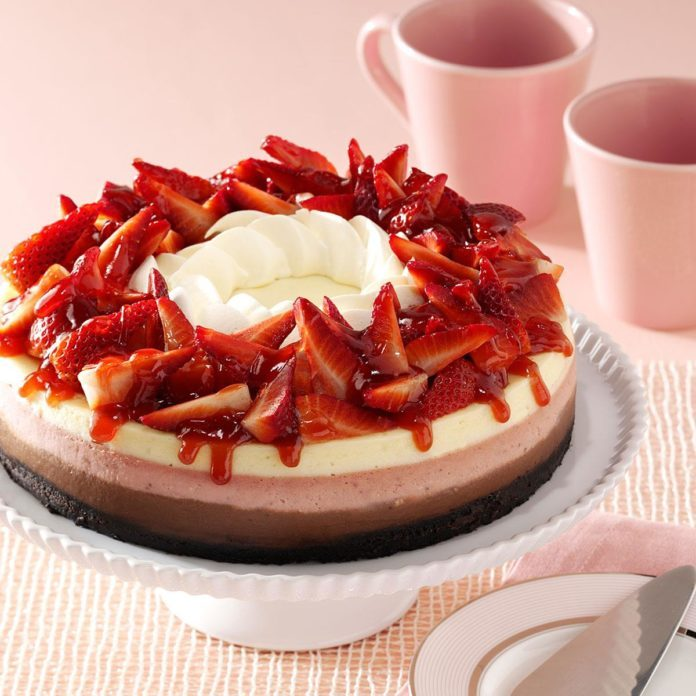 Contest-Winning Neapolitan Cheesecake