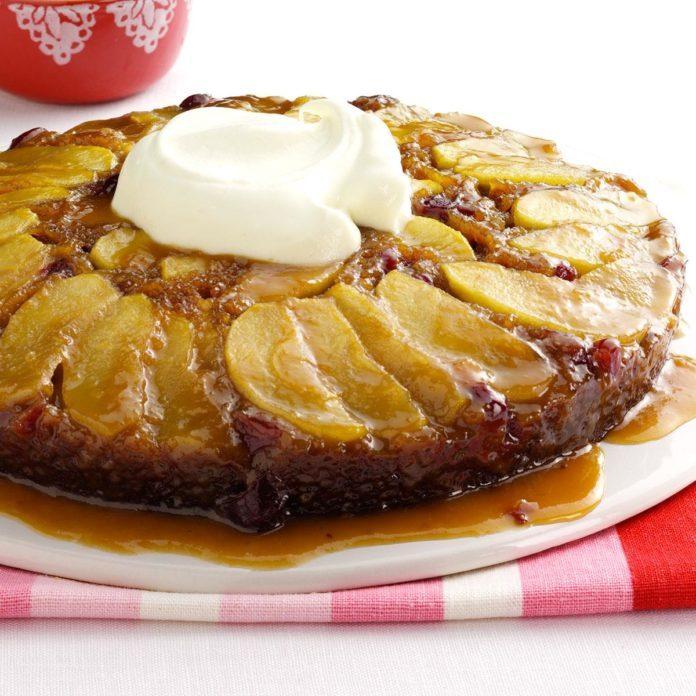 Cran-Apple Praline Gingerbread