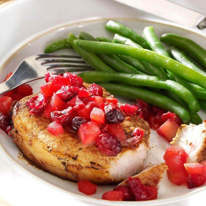 Cranberry-Apple Pork Chops