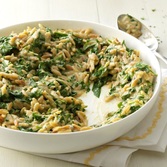 Creamy Roasted Garlic Spinach Orzo