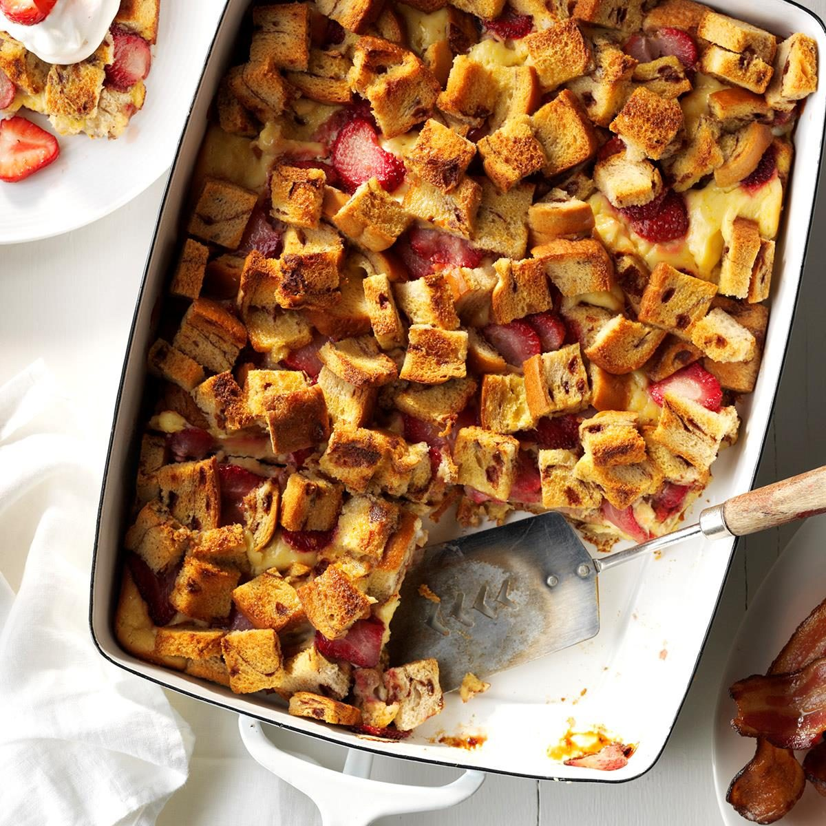 40 Easy Potluck Recipes For Your Graduation Party: Creamy Strawberry French Toast Bake Recipe