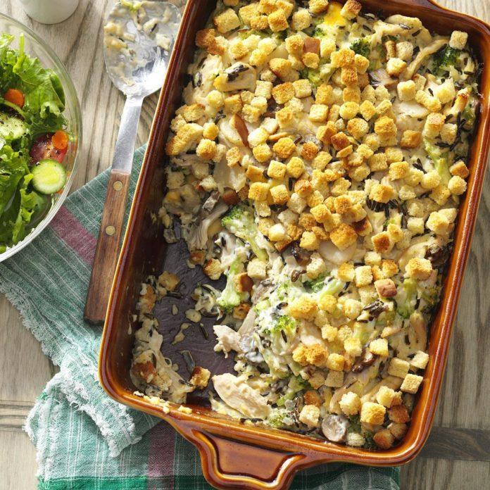 Arkansas: Creamy Turkey Casserole