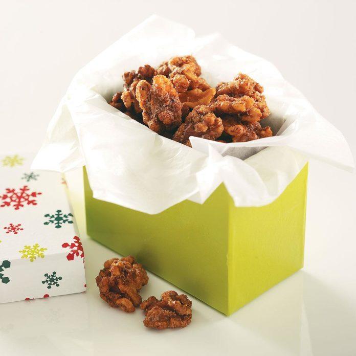 Crunchy Vanilla Walnuts