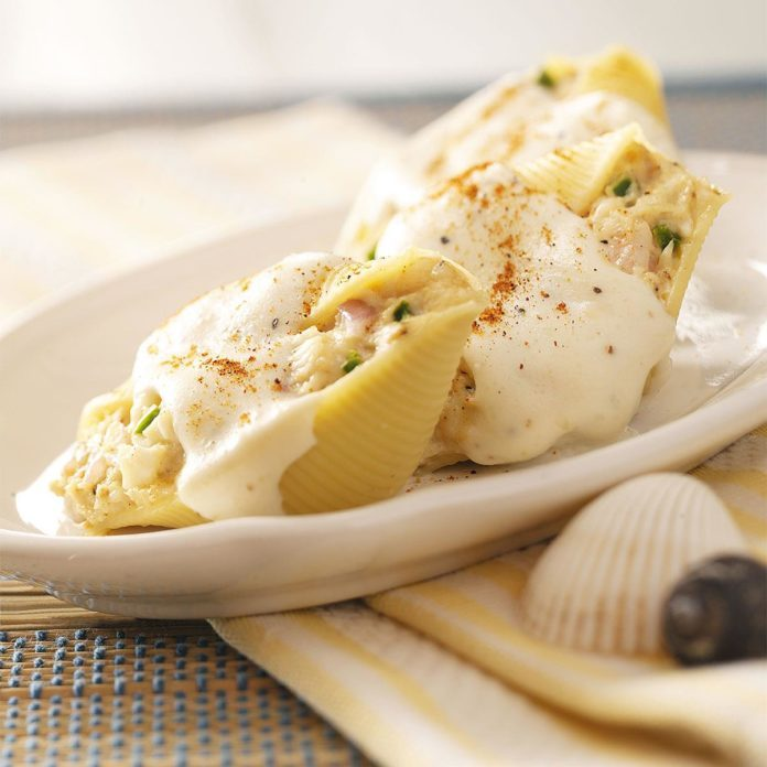 Creamy Seafood-Stuffed Shells