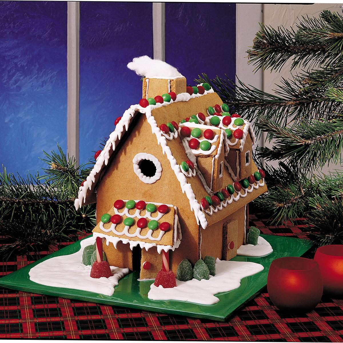 Simple Gingerbread House Recipe: Christmas Gingerbread House Recipe