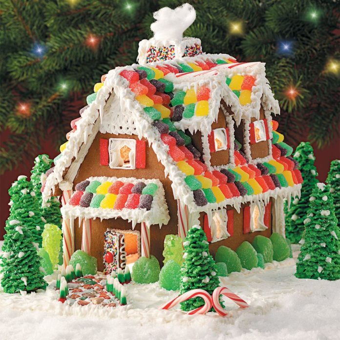 gingerbread christmas cottage - Gingerbread Christmas Decorations Beautiful To Look