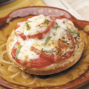 Tomato Basil Snackers