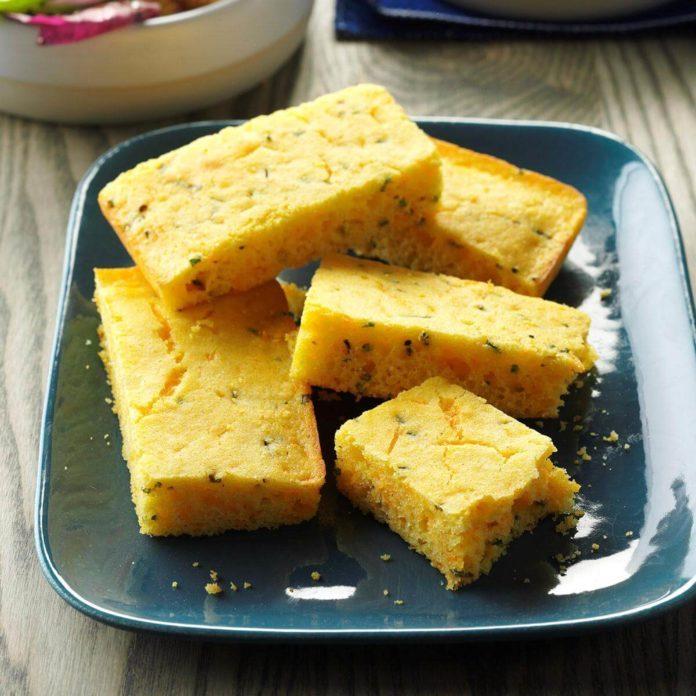 Chive-Cheese Cornbread