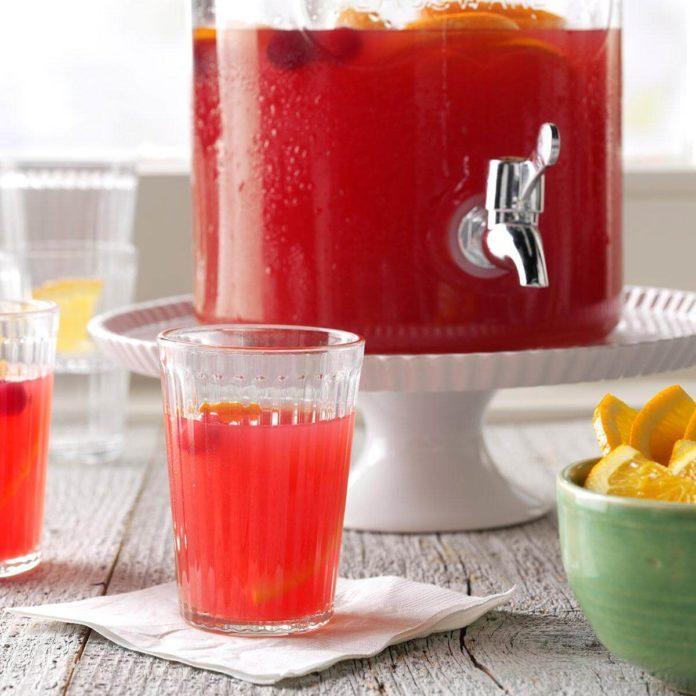 Festive Cranberry Drink