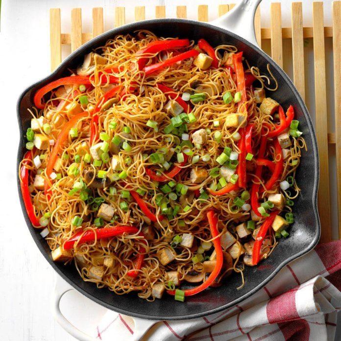Tofu Chow Mein