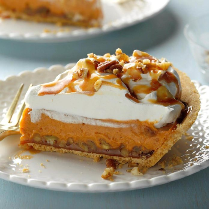 Easy Pumpkin Spice Pudding Pie