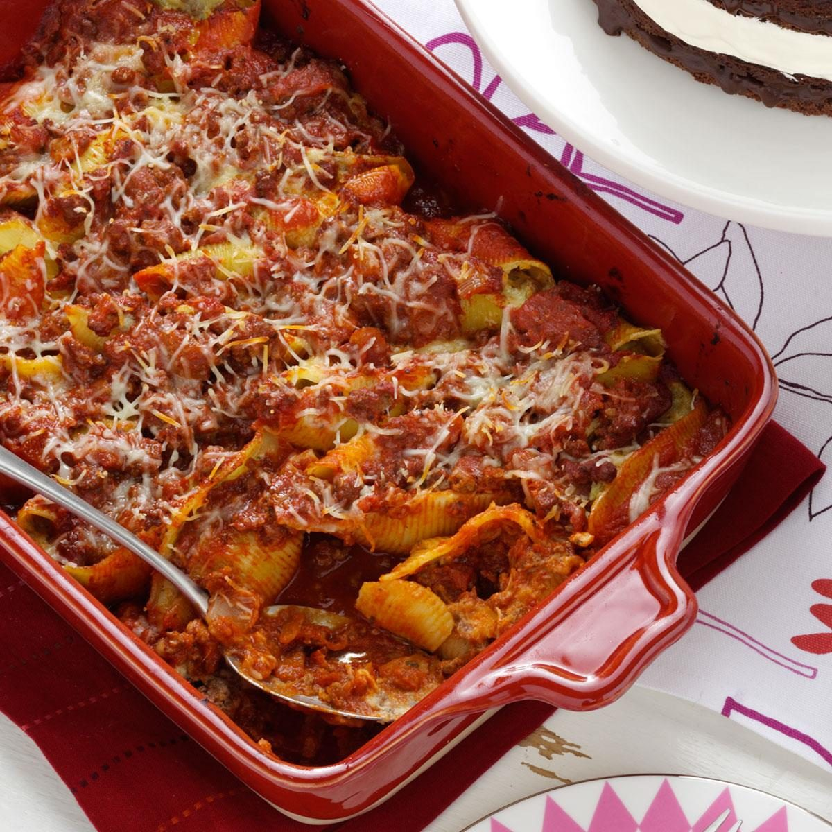 Stuff To Make With Ground Beef: Easy Beef-Stuffed Shells Recipe