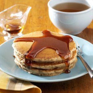 Easy Gingerbread Pancakes