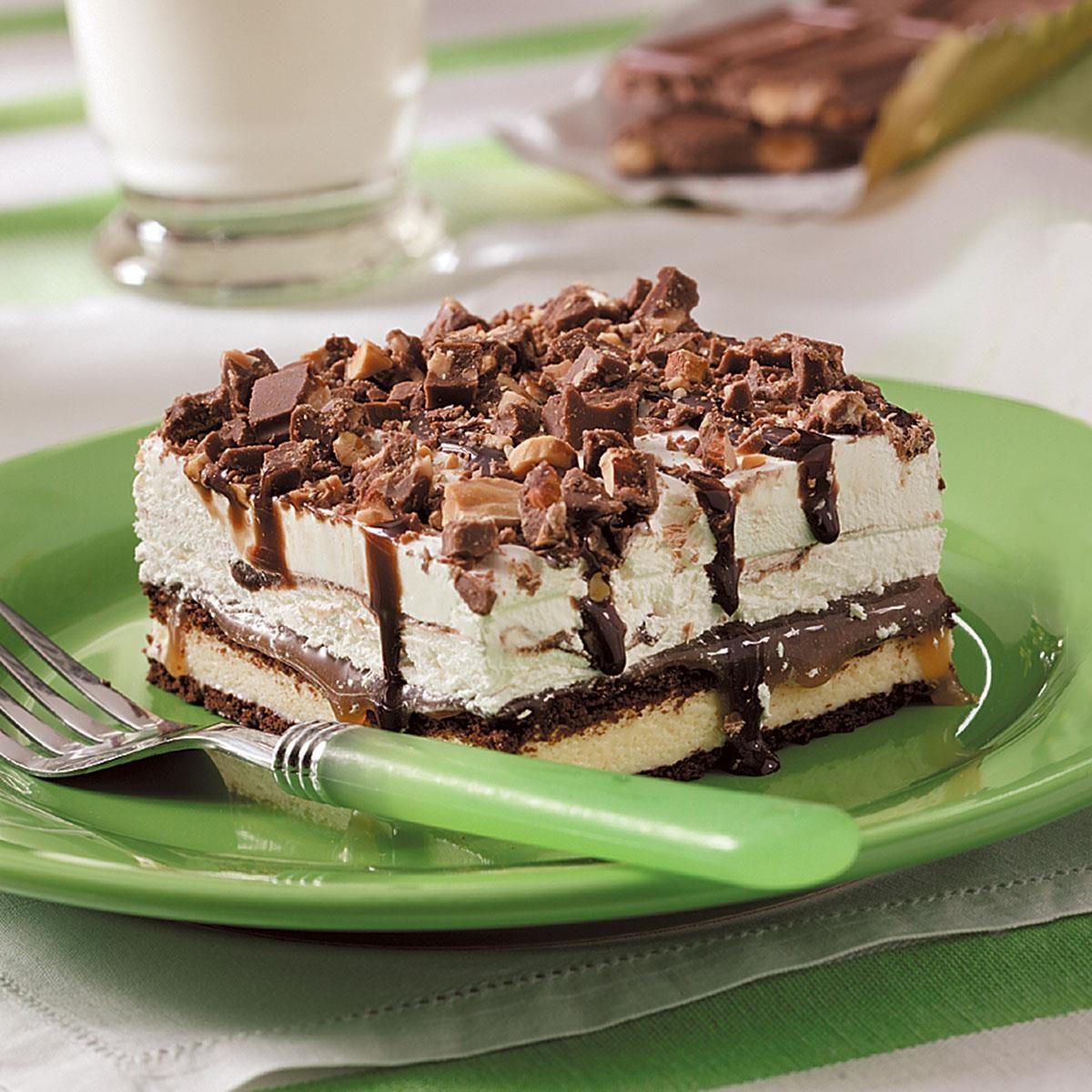 Easy Ice Cream Sandwich Dessert Recipe