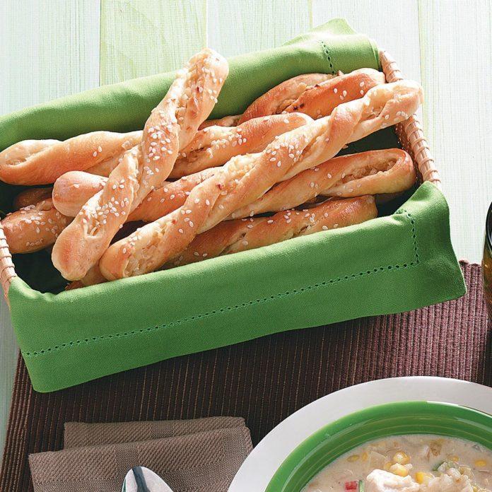 Easy Sesame Breadsticks