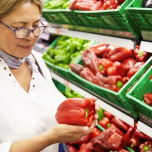Here's the Reason You Should Absolutely Squeeze, Sniff and Tap on Fresh Produce