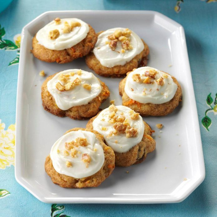 Day 19: Frosted Carrot Cake Cookies
