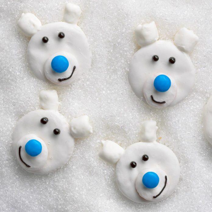 Frosty Polar Bears