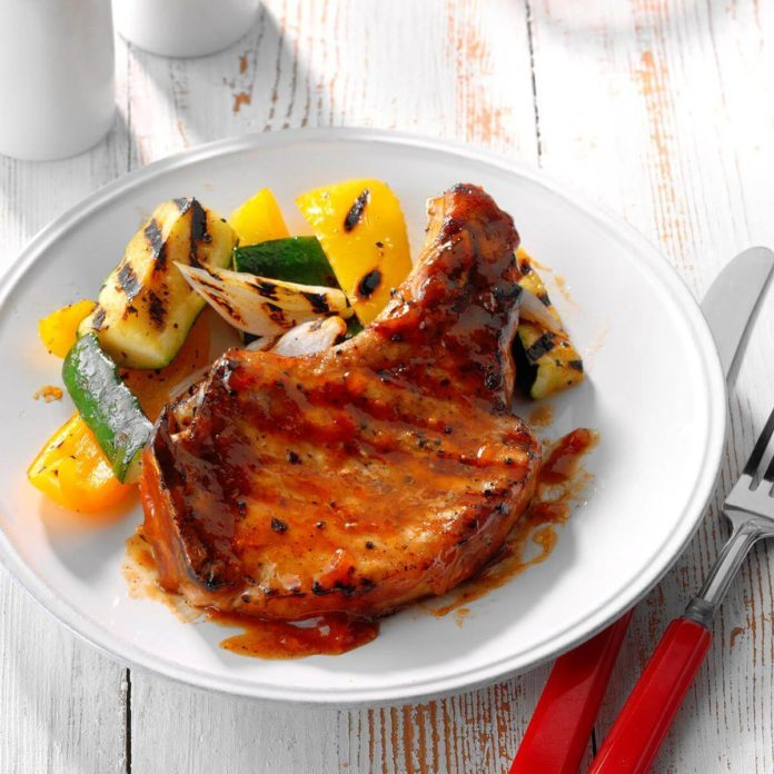 Fruit-Glazed Pork Chops