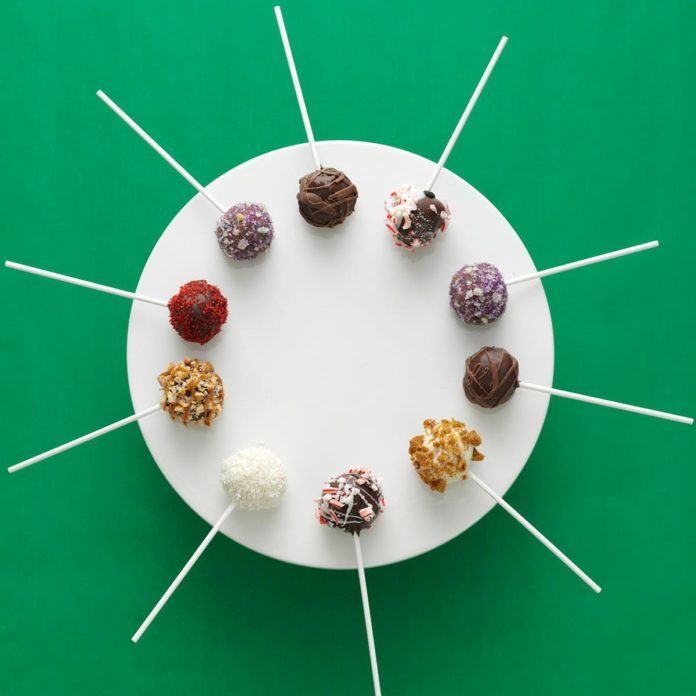 Inspired by: Starbucks Hedgehog Cake Pops