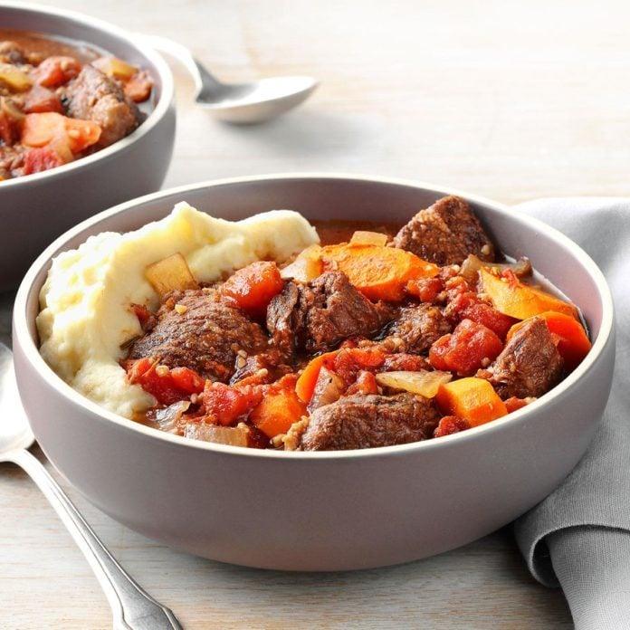 Day 13: Garlic Lover's Beef Stew