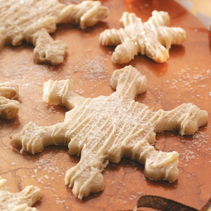 Glittered Snowflake Cookies