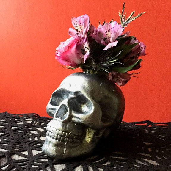 11 DIY Halloween Decorations that Take 30 Minutes (or Less!)