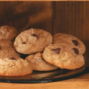 Healthy Peanut Butter-Chocolate Chip Cookies