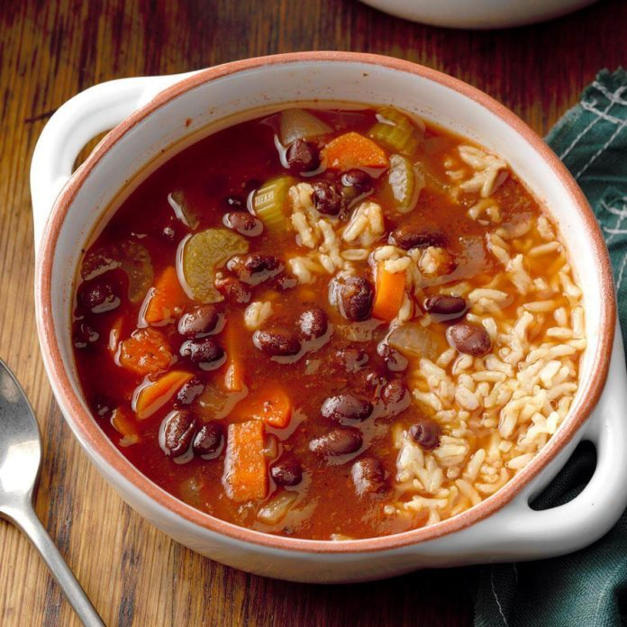Louisiana: Hearty Black Bean Soup