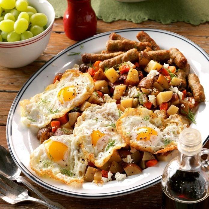 Hearty Slow-Cooker Breakfast Hash Recipe
