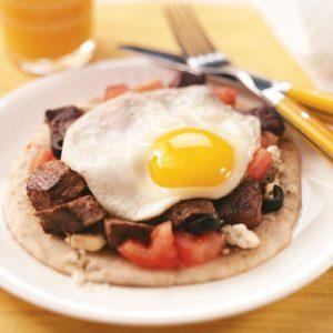 Mediterranean Steak & Egg Pitas