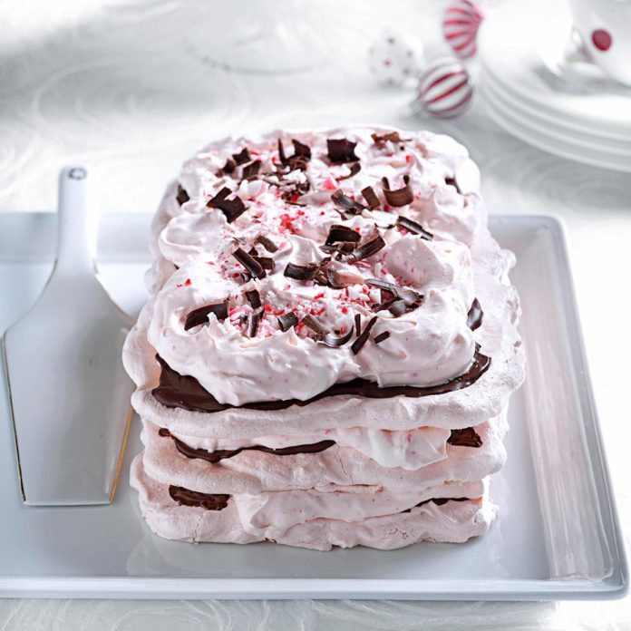 Meringue Torte with Peppermint Cream