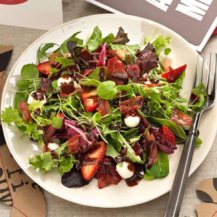 Mozzarella Strawberry Salad with Chocolate Vinaigrette