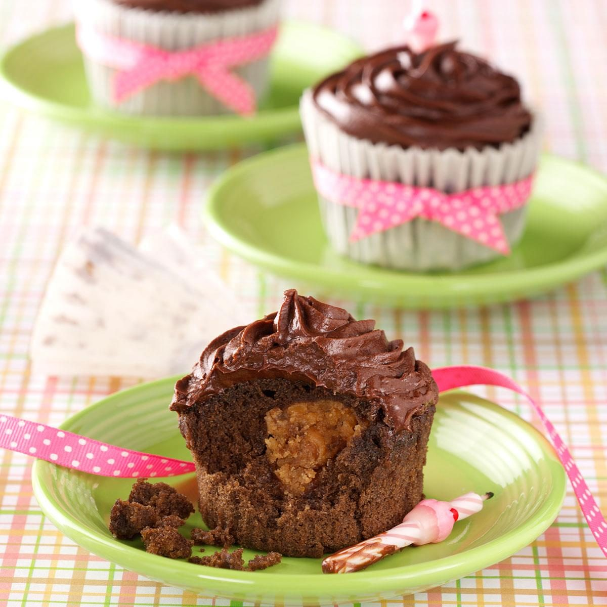 Baby Girl Baby Shower Food Ideas: Peanut Butter Chocolate Cupcakes Recipe