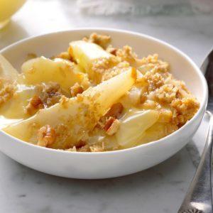 Pear-Pecan Crisp with Lemon Sauce