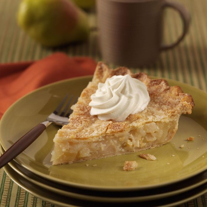 Pear Pie with Cardamon Cream