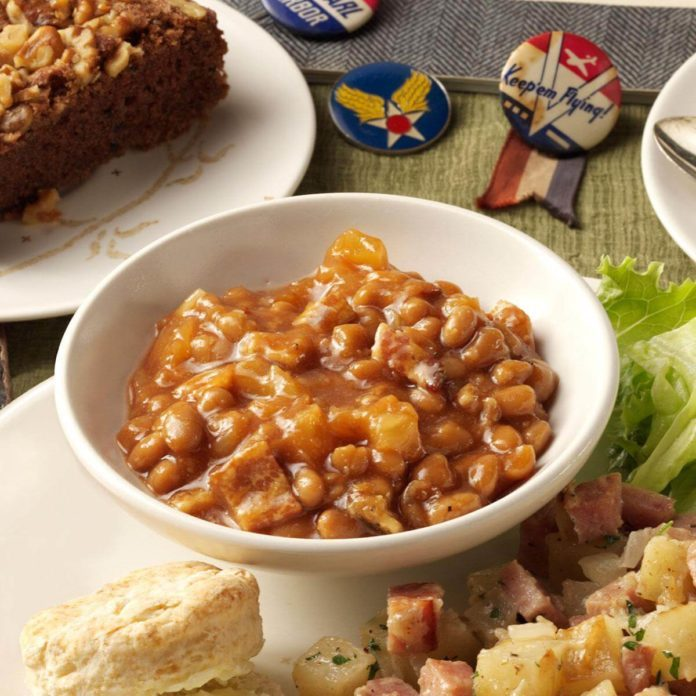 Pineapple-Bacon Baked Beans
