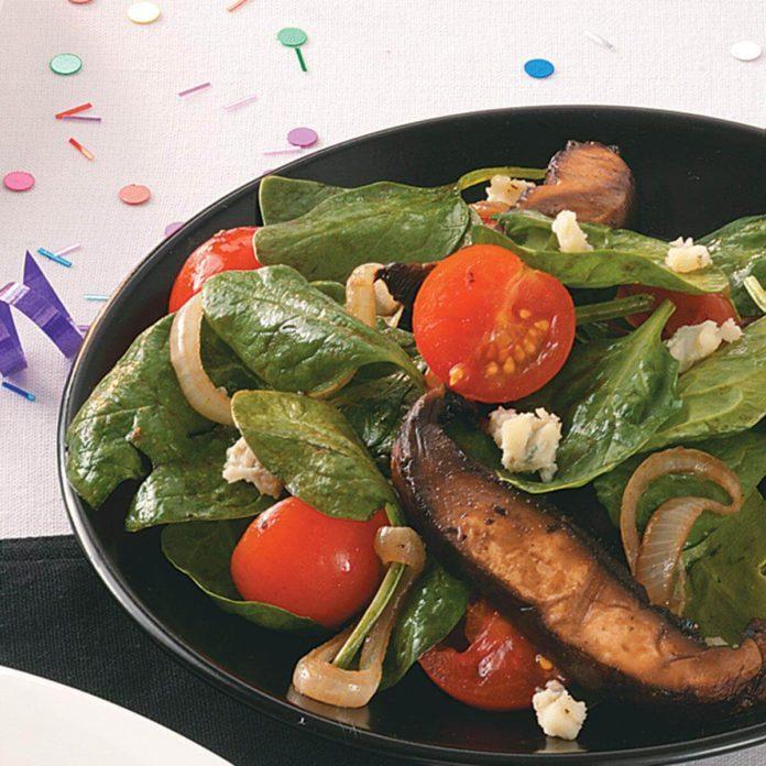 Portobello-Spinach Salad