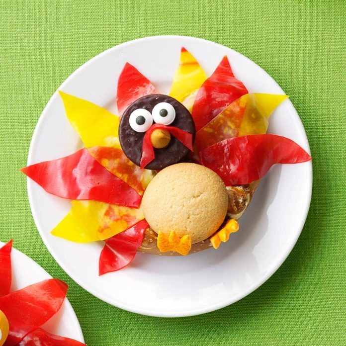 Pretzel turkey treat