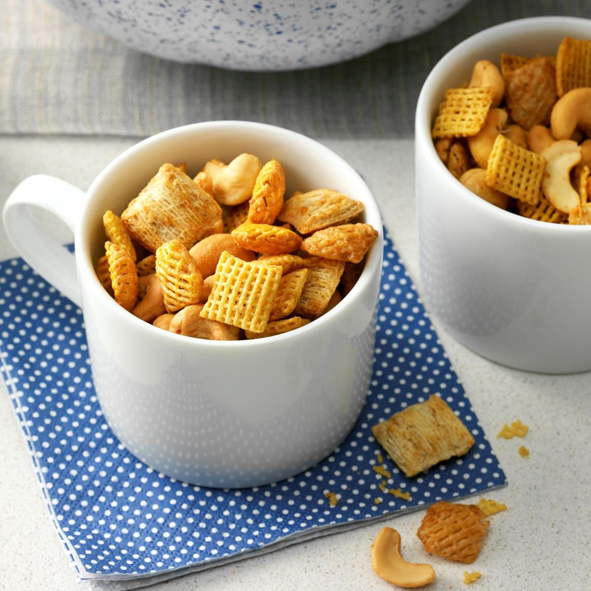 45 Easy Camping Recipes: Really Good Snack Mix Recipe