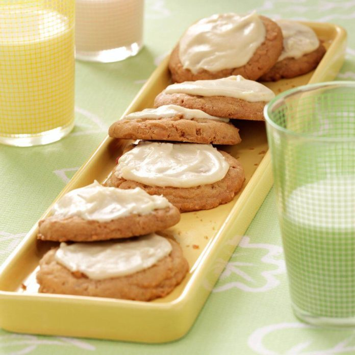 Rhubarb Cookies