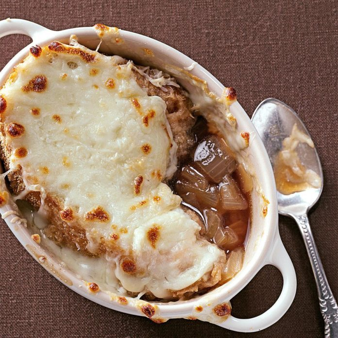 Day 20: Rich French Onion Soup
