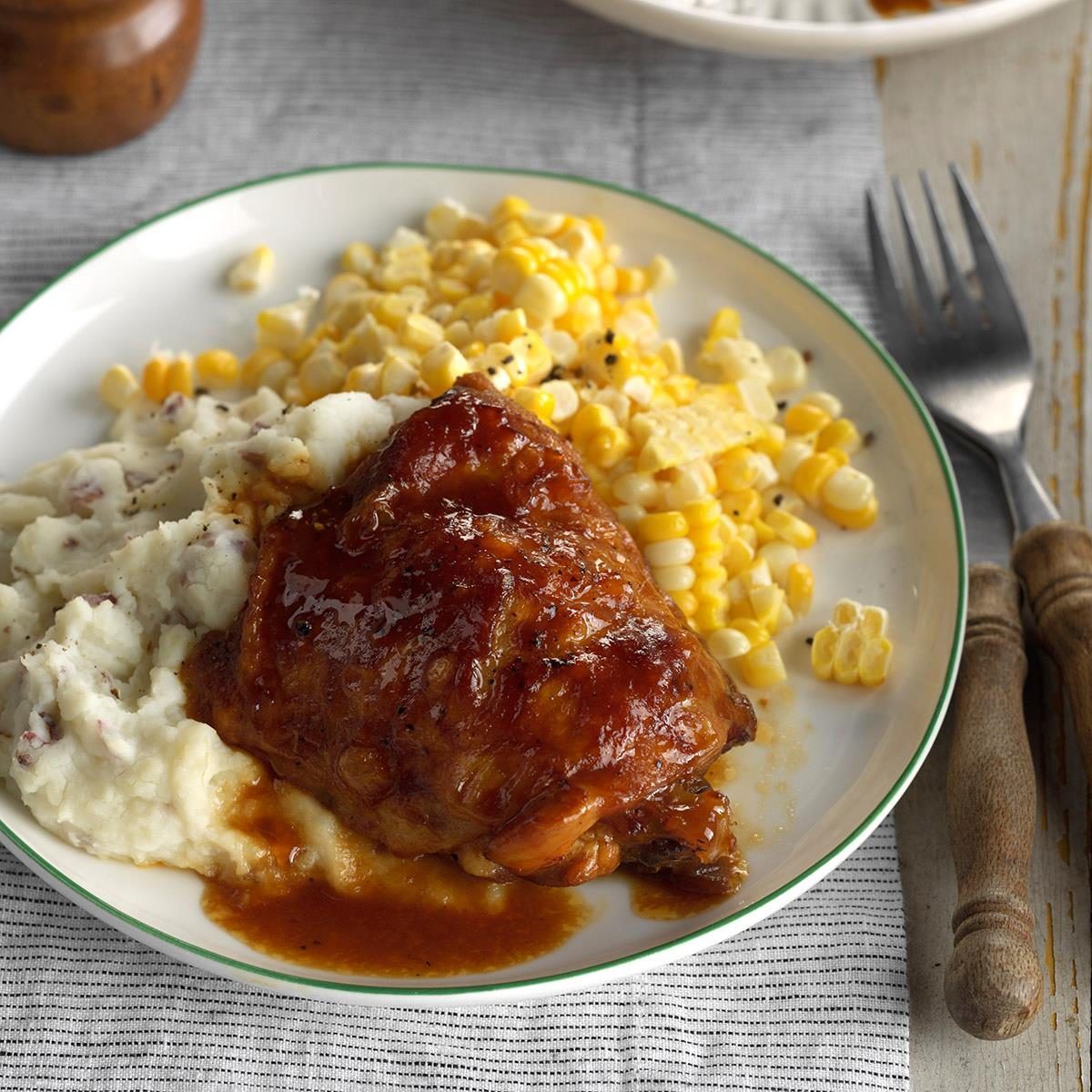 Saucy Chicken Thighs Recipe