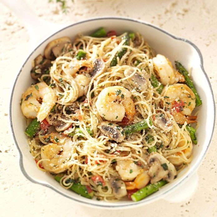 Day 17: Shrimp Pasta Primavera