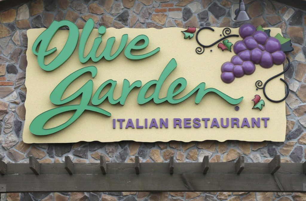 6 Fun Facts You Didn\'t Know About Olive Garden | Taste of Home