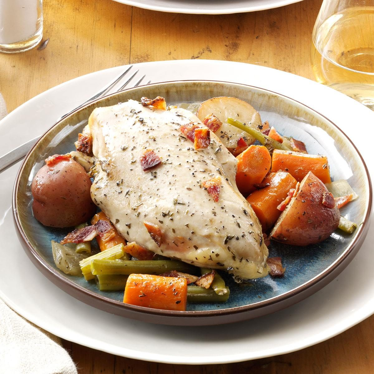 Good Dinner Recipes For 4: Slow-Cooked Sunday Chicken Recipe