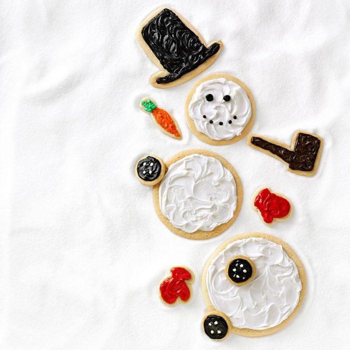 20 Ways To Build A Snowman Treat Taste Of Home