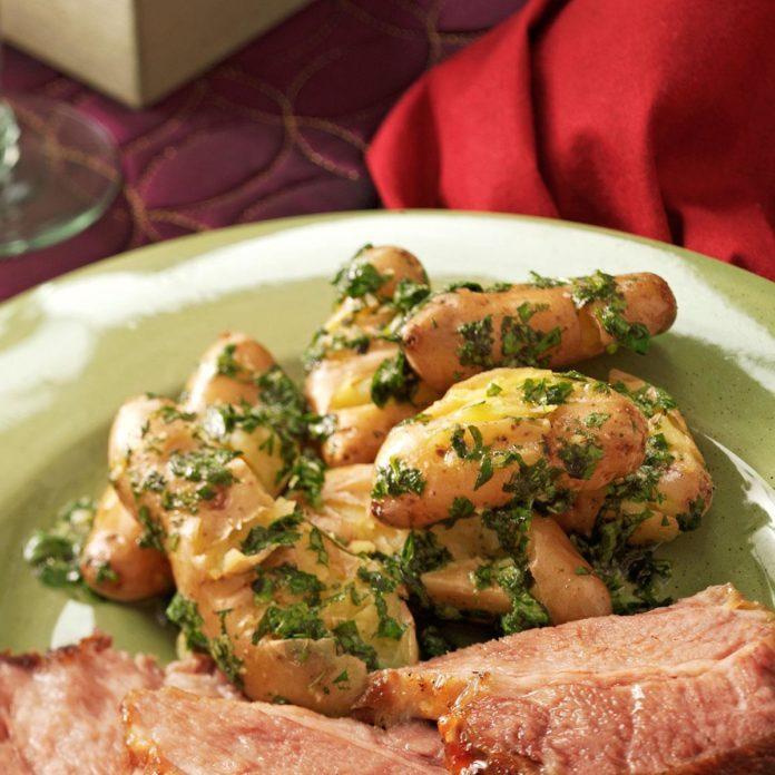 Spanish-Smashed Potatoes with Cilantro Sauce
